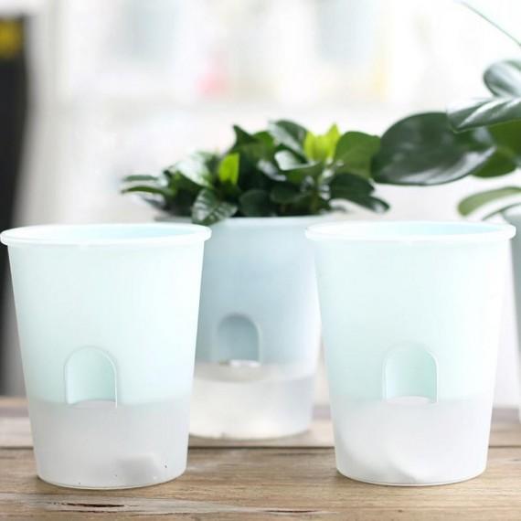 Pot en plastique avec système d'arrosage automatique - 4