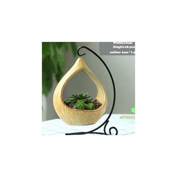 Pot hanging from its wrought iron pendant - 7