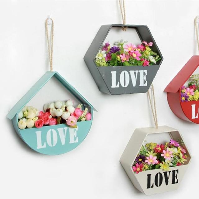 pot de fleur suspendus love amour. Black Bedroom Furniture Sets. Home Design Ideas