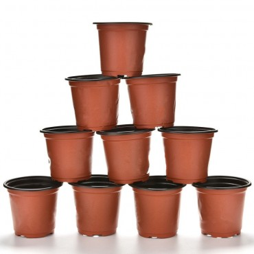 Les 10 pots en plastique - 1