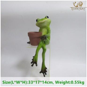 Grenouille tenant un pot - 6