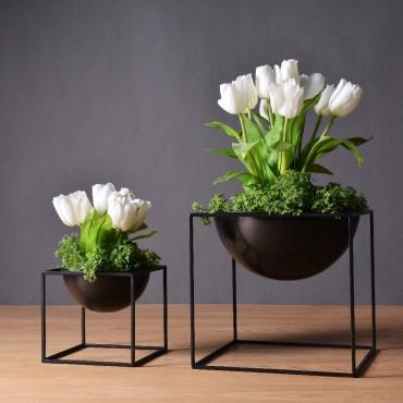 Pot de fleur en métal - 1